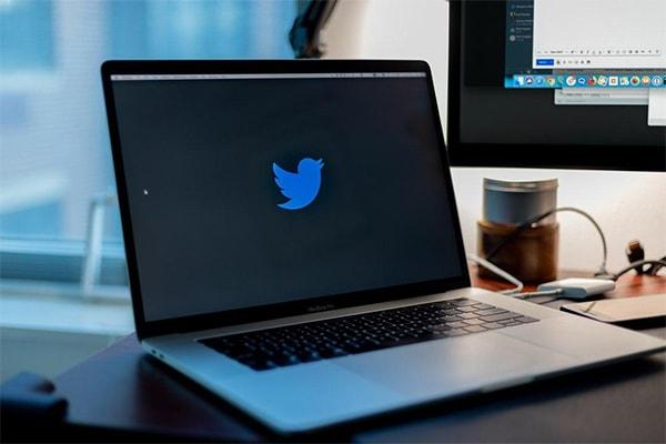 توییتر (Twitter)